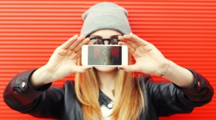 Redes sociais podem ajudar a conseguir emprego?