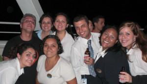 Renan e os colegas da tripulação