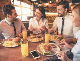 Almoço de trabalho: conheça as regras