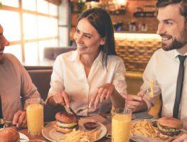 Almoço de trabalho: conheça as regras e faça bonito