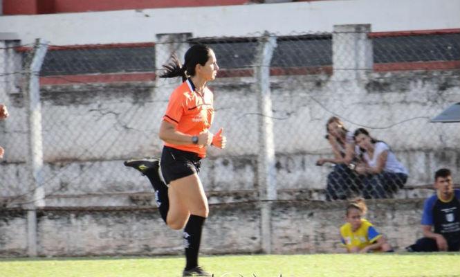 Juíza de Futebol Adeli Mara Monteiro