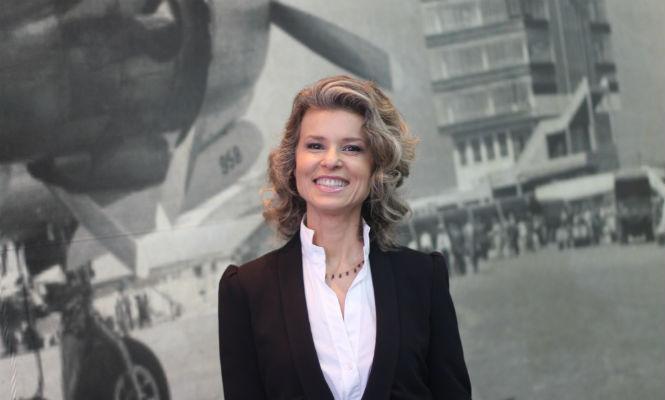 locutora Ana Paula Aquino congonhas infraero