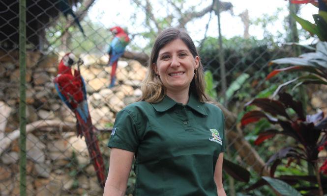 Claudia Regina Grosse Rossi Ontivero, médica veterinária da Divisão de Veterinária da Fundação Parque Zoológico de São Paulo.