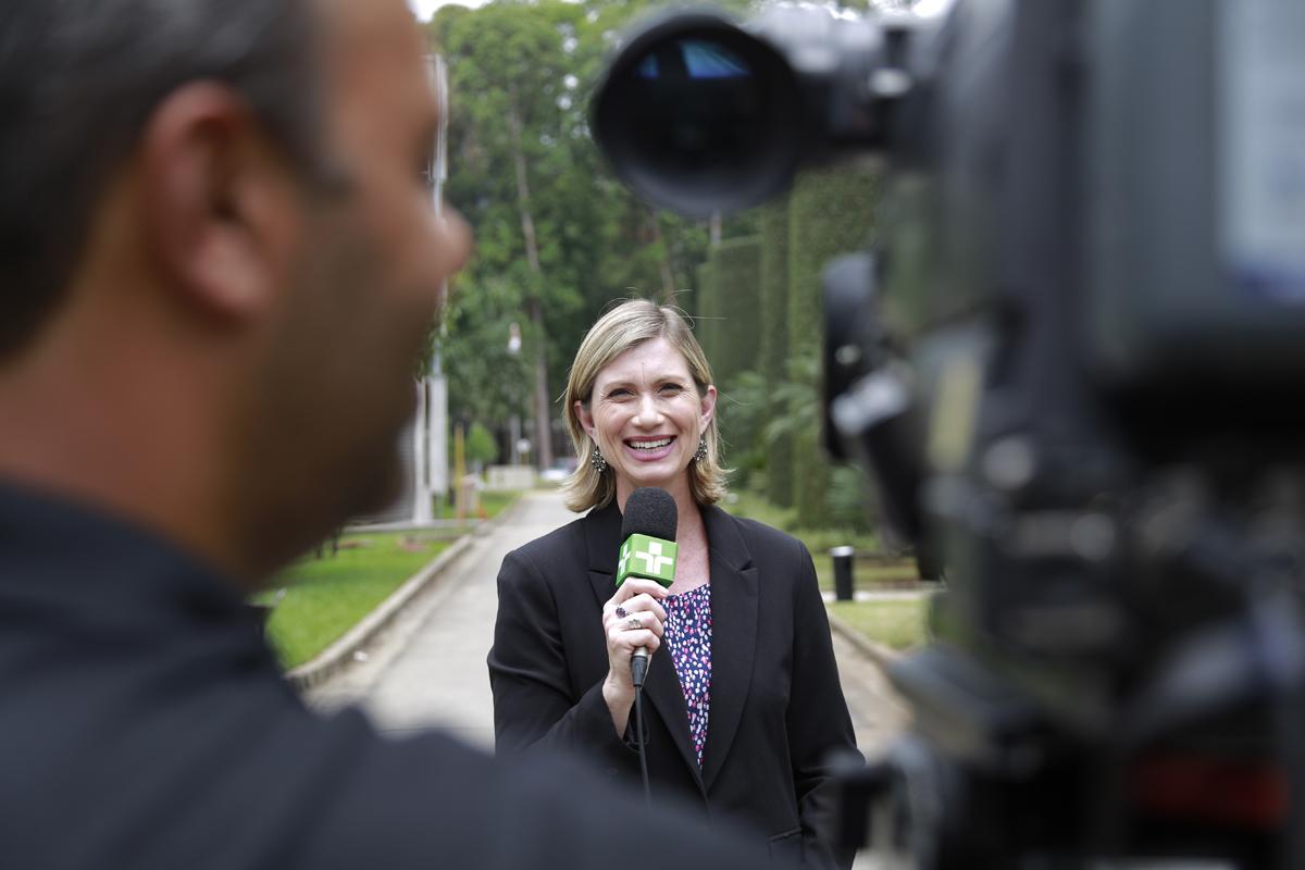 repórter Luiza Moraes Jornal da Cultura SP