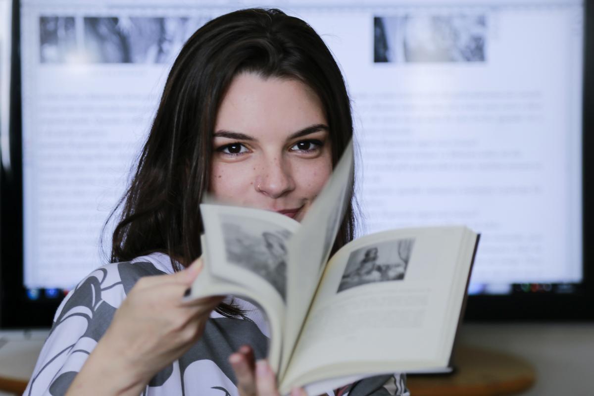 Marina Avila diagramadora