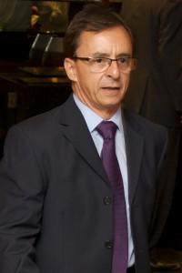 Ortopedista Carlos Jasmin
