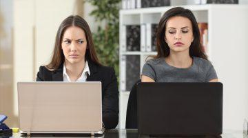 Colegas de trabalho: identifique sinais de perigo