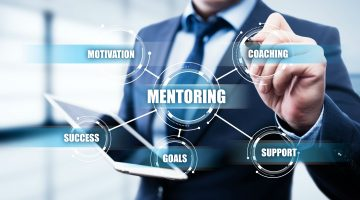 Entenda o que é coaching, mentoring, outplacement etc