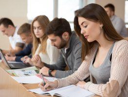Pós-graduação pode ajudar a conseguir emprego