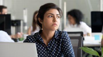 Como fazer networking: dicas para não virar um chato