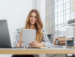 3 atitudes que atrapalham seu desenvolvimento profissional