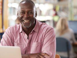 Resumo Profissional: qualificações e diferenciais