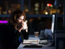 Como saber se você está engajado ou viciado no trabalho?