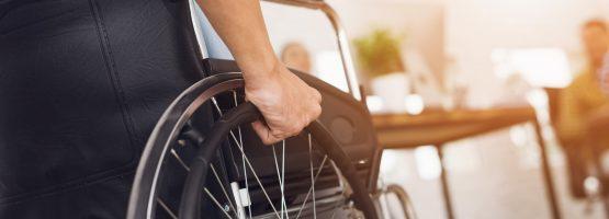 Como é o currículo ideal para pessoas com deficiência?