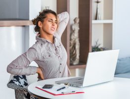 Mulheres são mais impactadas com sobrecarga de trabalho na pandemia