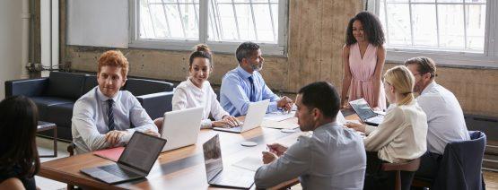profissionais participam de job rotation pela empresa