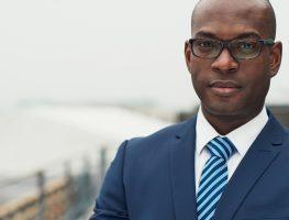 Racismo institucional: o que é e seu impacto no mercado de trabalho